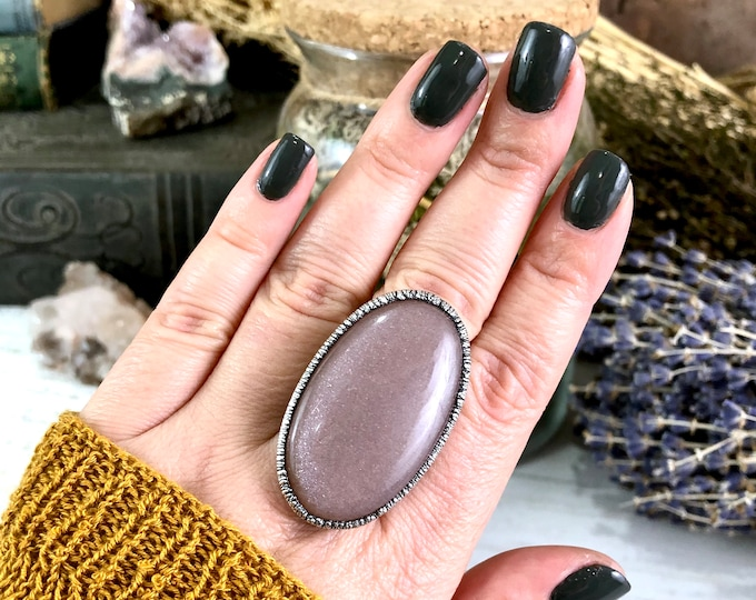 Size 8.5 Peach Moonstone Ring in Silver