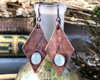 Blue Chalcedony Crystal Earrings / Blue Stone Drop Earrings
