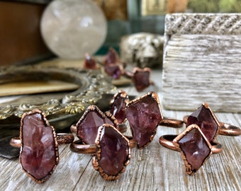 Raw Crystal Ring Size  6 7 8 9 11 / Rough Purple Amethyst Copper Ring / Unique Bohemian Statement Ring Boho Gemstone Jewelry Natural Stone
