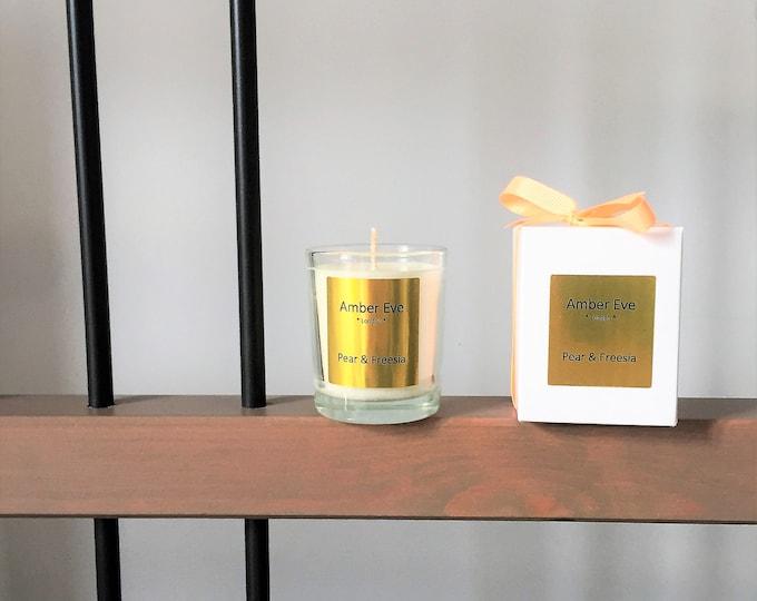 Pear & Freesia Small Scented Candle