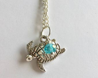Green turtle Necklace, Charm Necklace, Charm Jewellery, turtle Charm, turtle Jewellery, Marine Life Necklace, Ocean