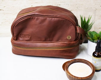 Personalized Leather Wash Bag - Men s Leather Shaving Bag - Toiletry Bag -  Dopp Bag - Brown or Black Leather - Handmade by MAHI Leather 3bb7b5e64eca9