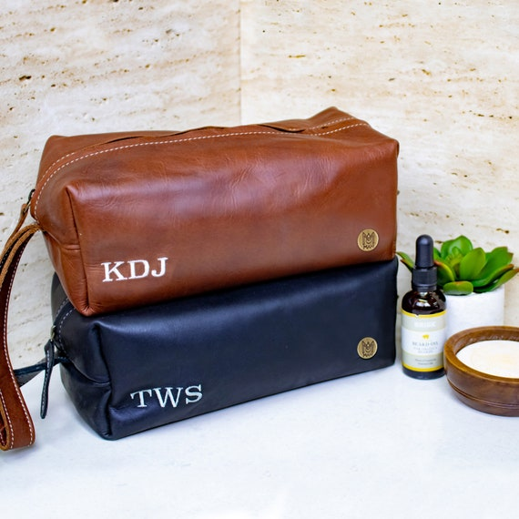 Mens Leather Wash Bag Dopp Kit With Personalised Initials  9357d90bbb1b8