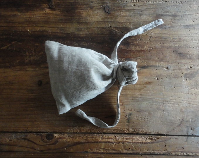linen STORAGE BAGS / string bags in different dimensions, hand made from heavy, midi or light natural linen _ washable, reusable, eco