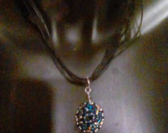Bodacious  pendant necklace and drop earrings