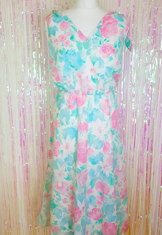 Vintage 1980s does 50s floral pastel plus size midi dress, summer dress, UK  size 14/16