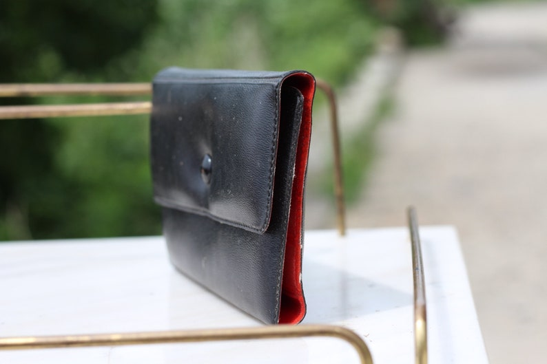 Card wallet Small coin purse Vinyl purse Coin purse Vintage coin purse Small purse Black and red purse Change purse