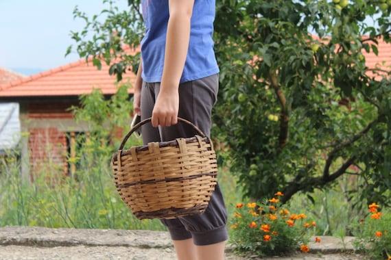 Antique Straw Basket Handmade Woven Straw Bag Picn