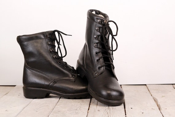 Military shoes, Men's boots, Vintage army boots, B