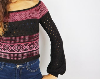 Mailen Crop Sweater Knitting Pattern by Cecilia Losada of Mamma Do It Yourself, 10 sizes, fair isle, video tutorial, sweater bottom up