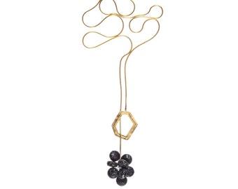 Gold Lariat Necklace, Long Gold Necklace, Lava Stone Pendant, Y Necklace, Cluster Necklace, Black Pendant, Modern Jewelry, Elegant Necklace