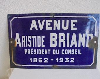 french vintage enamel street sign / street name sign / industrial plaque statesman president / enamel plaque france / city paris in france