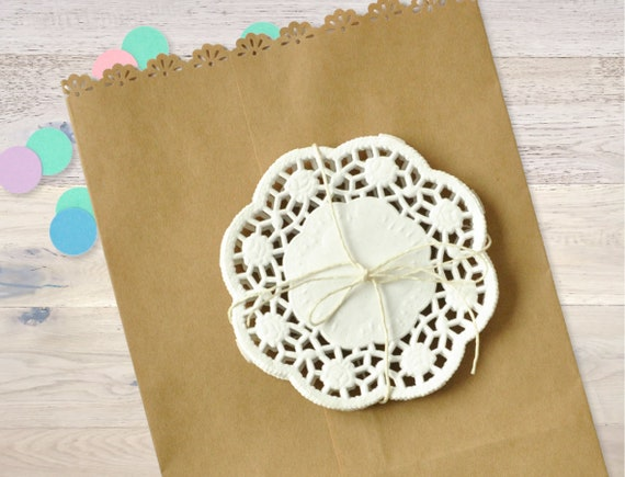 Scrapbooking /& card making PAPER LACE