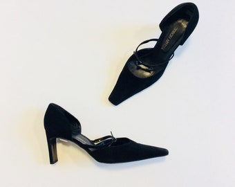 a2e0408204c Armani heels 40.5 Armani shoes 40.5 Italian Black suede heels 40.5 black  heels with straps 40.5 suede pumps 40.5 Giorgio Armani heels 40.5