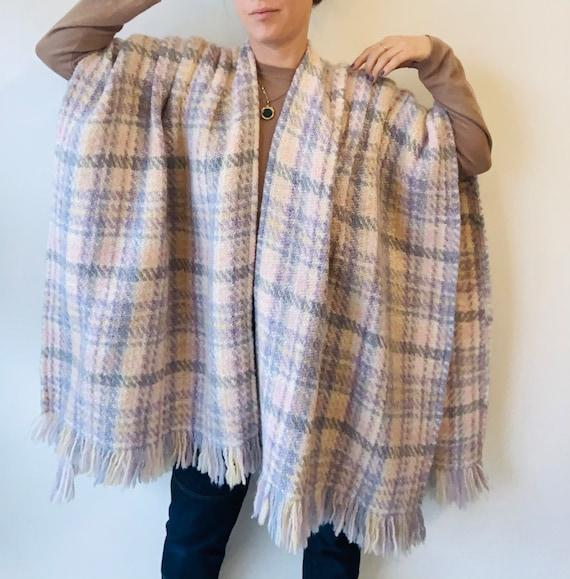 Plaid Vintage cape Irish plaid cape vintage wool c