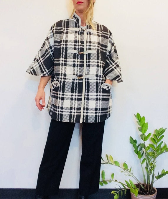60s cape vintage cape Plaid cape black and white p