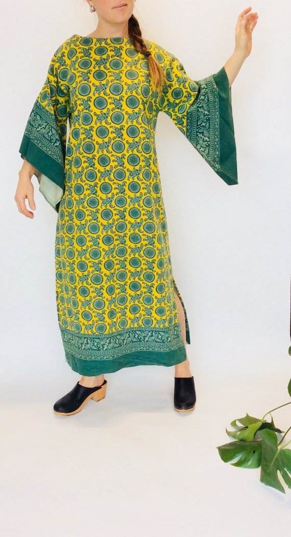 70s bellsleeve dress 70s maxi dress long bellsleev