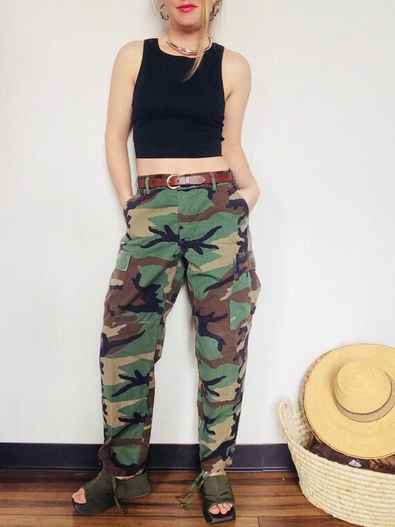Vintage camo pants vintage military pants size M camo pants  0bf5489d733