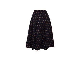 Vintage 70s Skirt, 1970s Wrap Skirt, Black Vintage Skirt, Floral Wrap Skirt, Circle Skirt, Rockabilly, Reversible, Size Small Medium 4/6/8