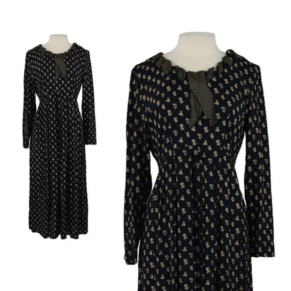 Vintage 1990s 90s Black Floral Grunge Long Sleeve