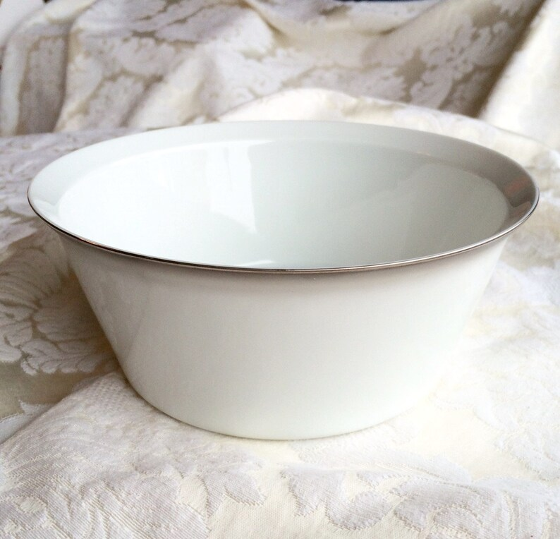 Vintage Rosenthal China/Rosenthal Evensong Vegetable Bowl/Rosenthal Serving  Bowl/German Fine China/3 inches tall and 7 1/2 inches across
