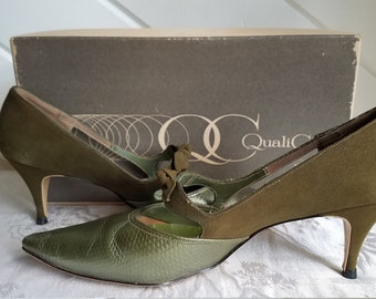 Vintage green Quality Craft leather and suede kitten heels