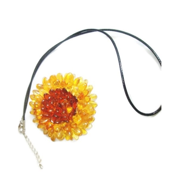 "BALTIC AMBER collier//pendentif//broche /""fleur/"""