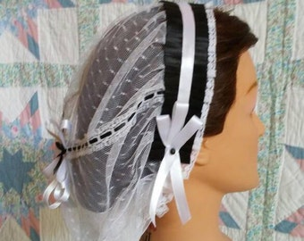 Black and White Ribboned White Lacy Daycap