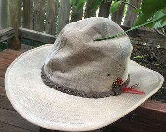 22f356354479e2 Vintage 70's leather Henschel hat