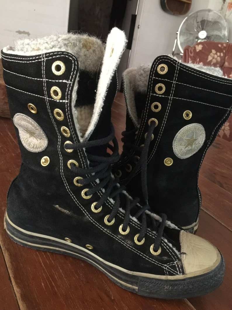 387dd8f8591e Vintage Converse leather sneakers hi tops