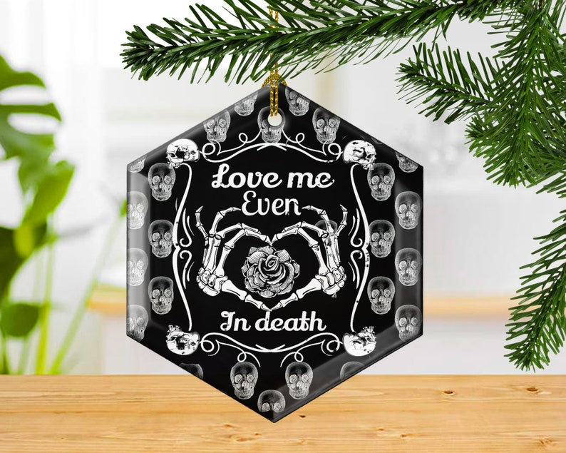 Skull Love Me Even In Death Decorative Glass Christmas image 0