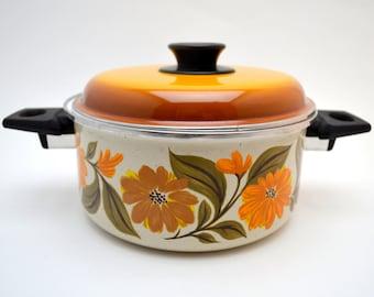 Vintage JMP Spain Dutch Oven, JMP Capri, 2.5 Quart Enameled Pot with Lid, Fall Floral Pattern, 2 Available, 1970s