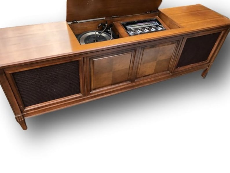 Madmen- Style Mid-Century Modern Stereo Console Cabinet with New Turntable