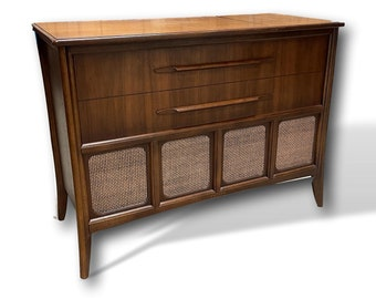 Modernized and Refinished Stereo Console // Tube Amp // All New Modern Internals // Bluetooth // Turntable // high-end sound
