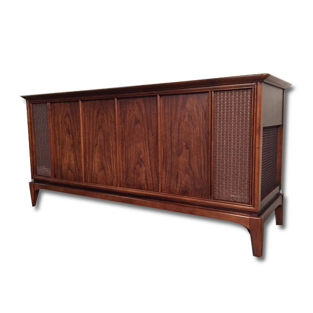 Antique Stere Console // Magnavox Modernized With All New Modern Internals  // New turntable // Bluetooth