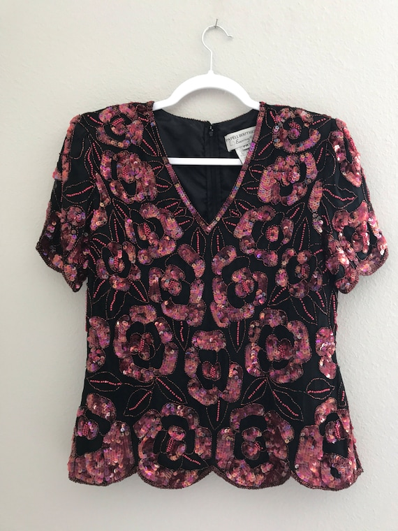 Pink/ red floral sequin top , holiday sequin top,… - image 2