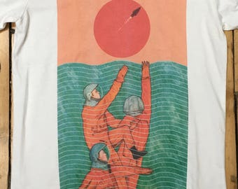 Cosmonauts in the ocean – an illustrated t-shirt by