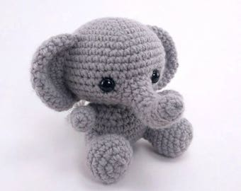 PATTERN: Ellis the Elephant - crochet elephant pattern - amigurumi elephant pattern - English, German, Portuguese - PDF crochet pattern