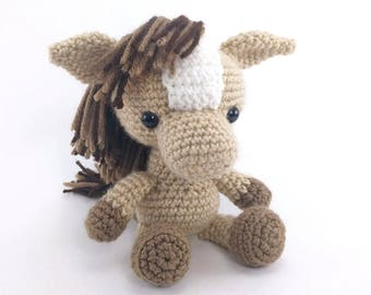 PATTERN: Henry the Horse - Crochet horse pattern - amigurumi horse pattern - farm animal - crochet pony pattern - PDF crochet pattern