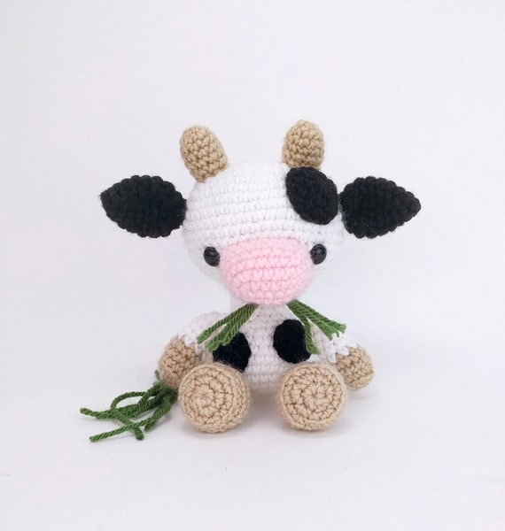 Amigurumi Cow - A Free Crochet Pattern | Crochet bunny pattern ... | 600x570