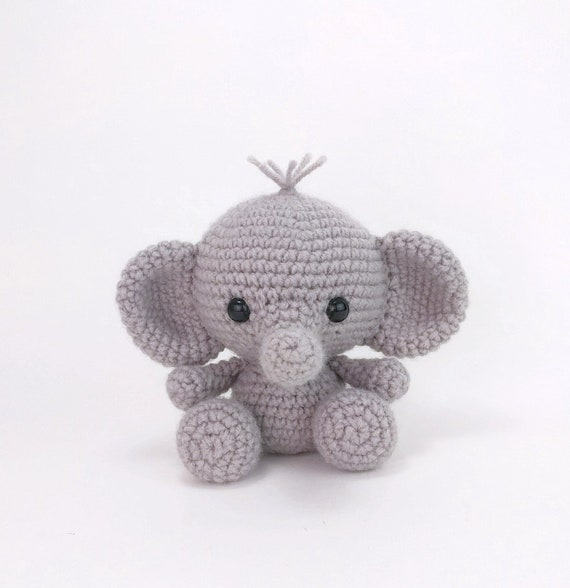 Crochet Elephant Amigurumi Easy Video Instructions | 588x570