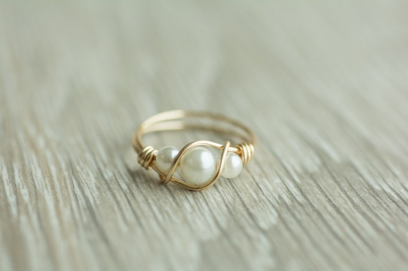 Handmade 3 pearls ring gold or silver wrapped wire ring 14k image 0