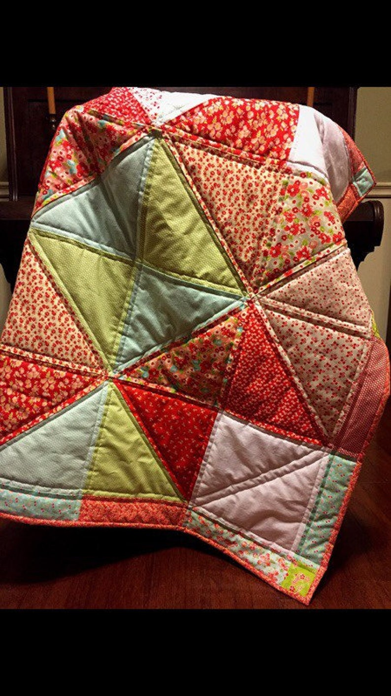 The Evelyn Quilt. 40 x 40 handmade star block image 0