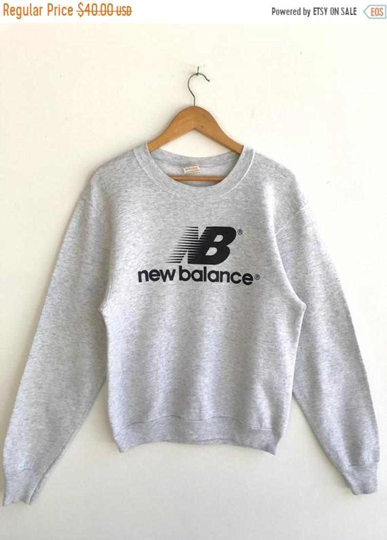 5cdaa68c84323 MEGA SALE Vintage New Balance Sweatshirt / 90s New Balance Sportwear / New  Balance sweater / New Balance Spell Out