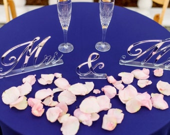 Mr and Mrs Signs,Wedding Decor,Sweetheart Table,Calligraphy Signs,Acrylic,Wedding Sign,Laser Cut,Gold Decor,Custom,Table Signs and Stands