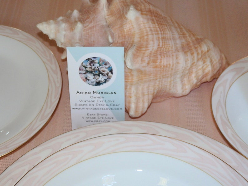 Mikasa CAG01 Silk Moire 12 Inch Round Serving Platter Chop Plate~Conch Shell Pink~Very EUC Vintage~60pc Service for 12 SOLD SEPARATELY