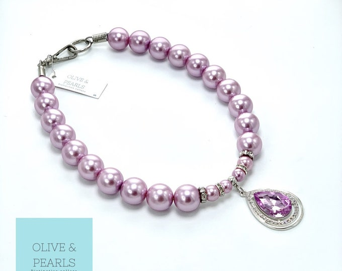 """The """"Belle"""" Pearl Dog Collar"""