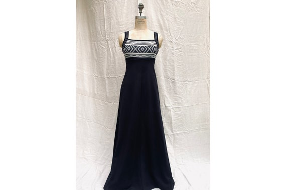 Vintage 70's Maxi Dress / 1970's Black Maxi Dress