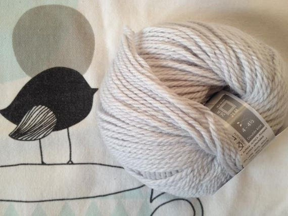 WOOL QUITO Pearl - White Horse