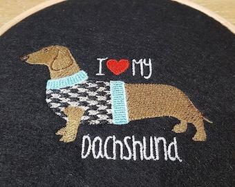 Embroidered wall decoration (Dachshund) *Dog
